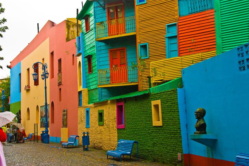 """Viaggio a Buenos Aires, alla scoperta del coloratissimo quartiere di """"La Boca"""" [FOTO]"""