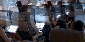 dispositivi elettronici aereo