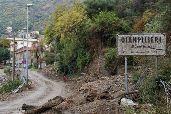 """Messina, 7 anni fa l'alluvione di Giampilieri: """"politica vergognosa, tutti si sono dimenticati di noi"""""""