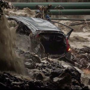 frana alluvione auto disperso morto maltempo
