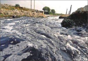 inquinamento fiume
