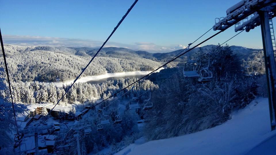 Neve in sila aperte le piste sciistiche a villaggio for Villaggio palumbo
