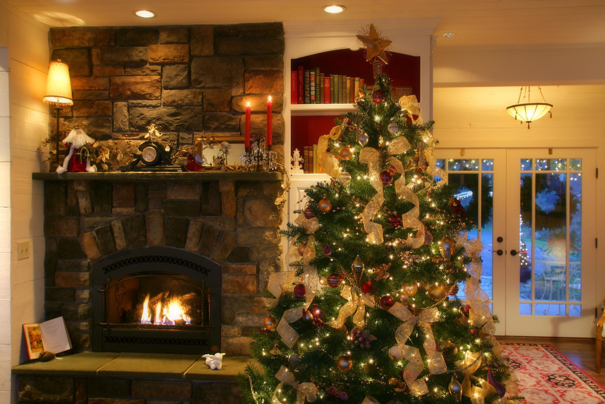 Albero Di Natale Grande.Albero Di Natale Origini E Tradizioni Del Piu Grande Simbolo Delle