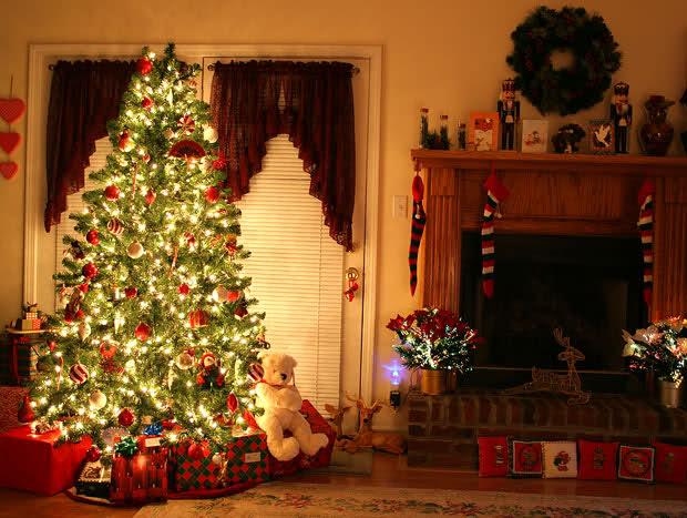 Alberi Di Natale In Legno Addobbati : Albero di natale origini e tradizioni del più grande simbolo
