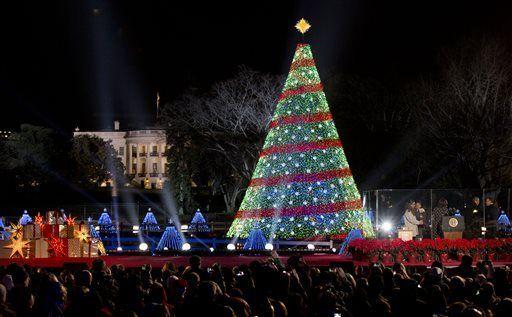 Immagini Natale Usa.Usa Acceso L Albero Di Natale Davanti Alla Casa Bianca