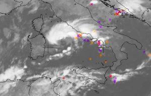 maltempo allerta centro italia ciclone xandra (1)