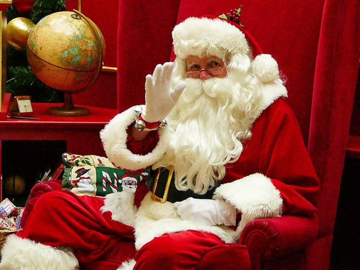Befana E Babbo Natale.Epifania E Il Giorno Della Befana I Festeggiamenti Piu