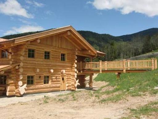 Loghouse la casa 100 naturale costruita con legno e for Case di tronchi di blocchi di legno