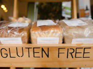 """glutine-300x225 """"Le sbufale"""", il caso dei veleni bianchi: farina e glutine, sono nocivi per la nostra salute?"""