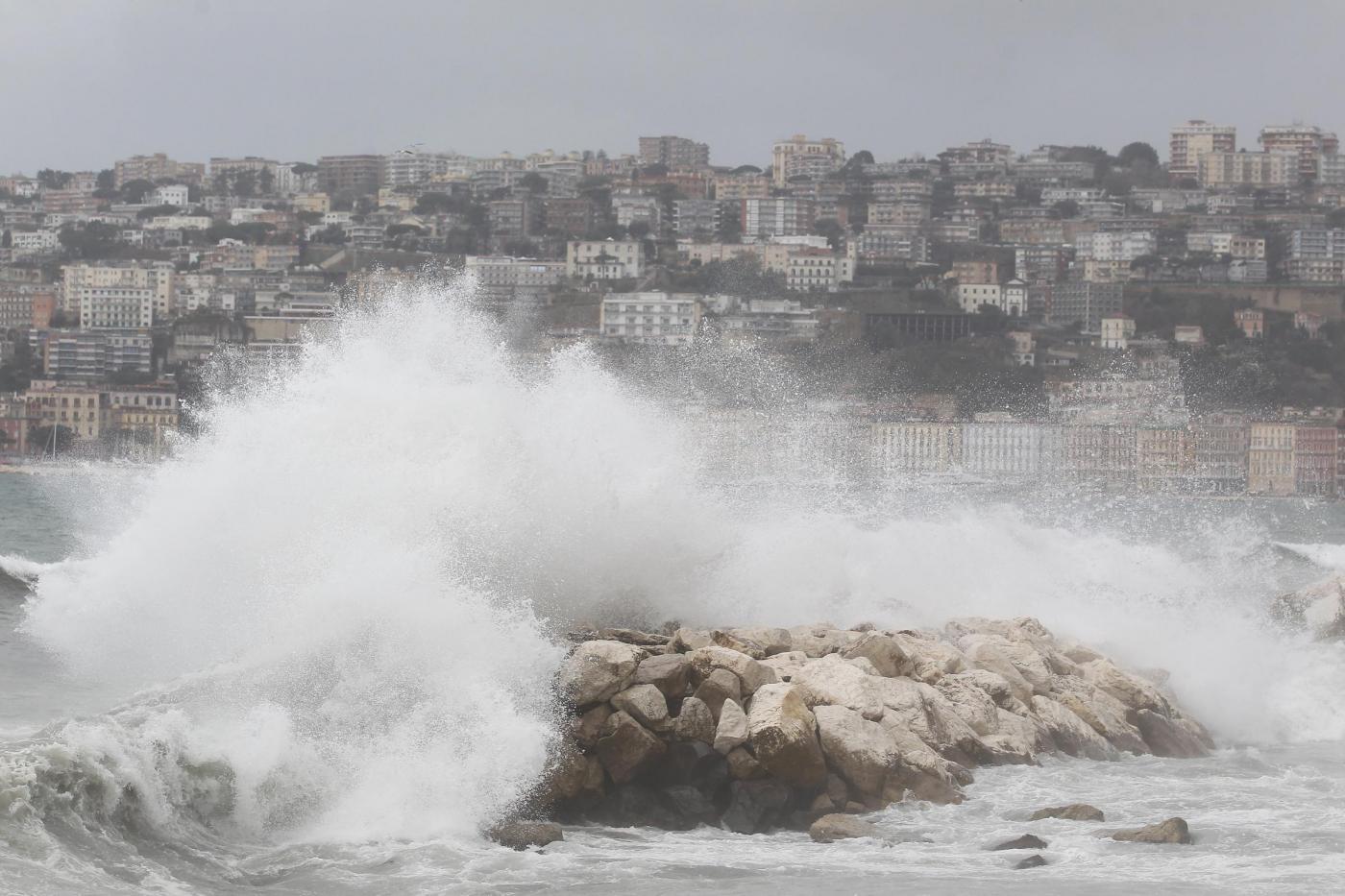 Protezione civile proroga allerta meteo in tutta la Campania