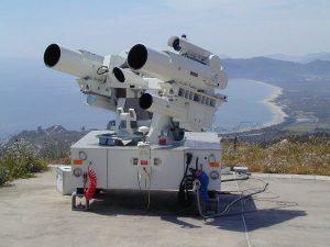 Strumento satellitare presso la base del Poligono Salto del Quirra