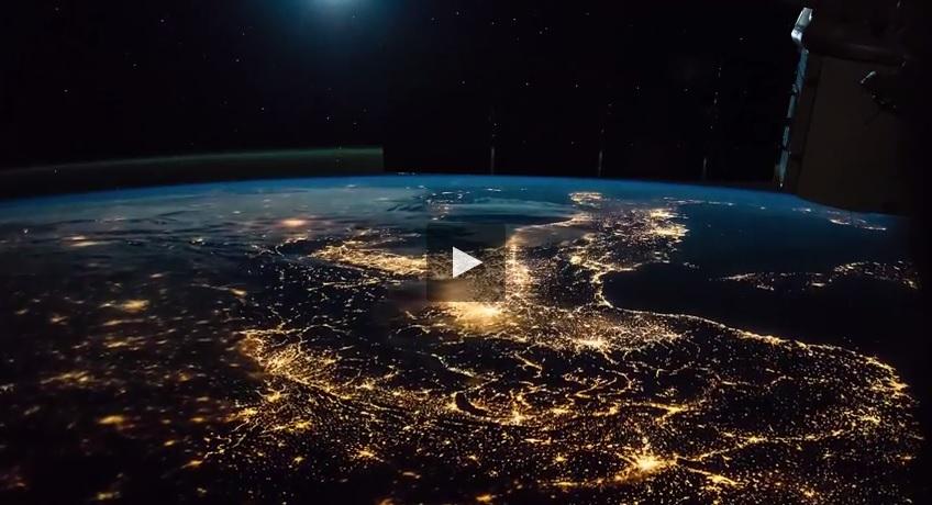 Ecco com 39 l 39 italia vista dallo spazio il video for Foto spazio hd