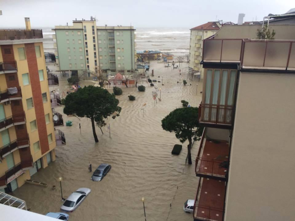 Alluvione in romagna cesenatico devastata come se fosse for Oggi in romagna
