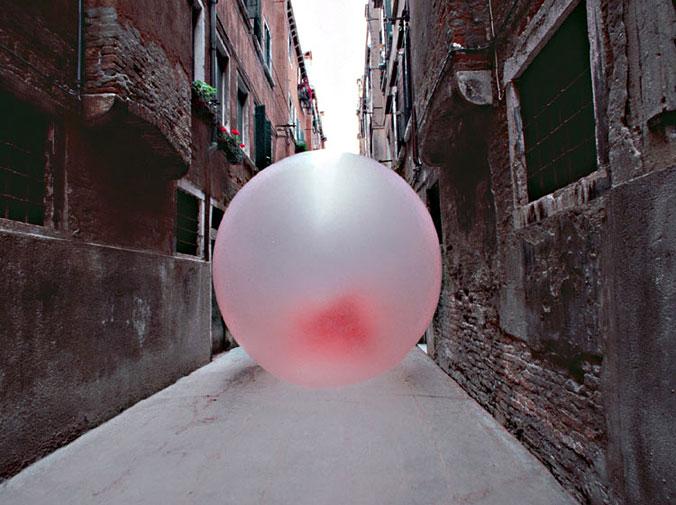Risultati immagini per big bubble