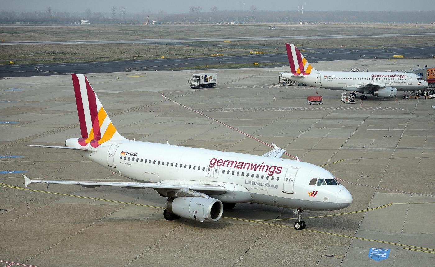 Aereo Privato Low Cost : Schianto aereo germanwings la manutenzione è identica per
