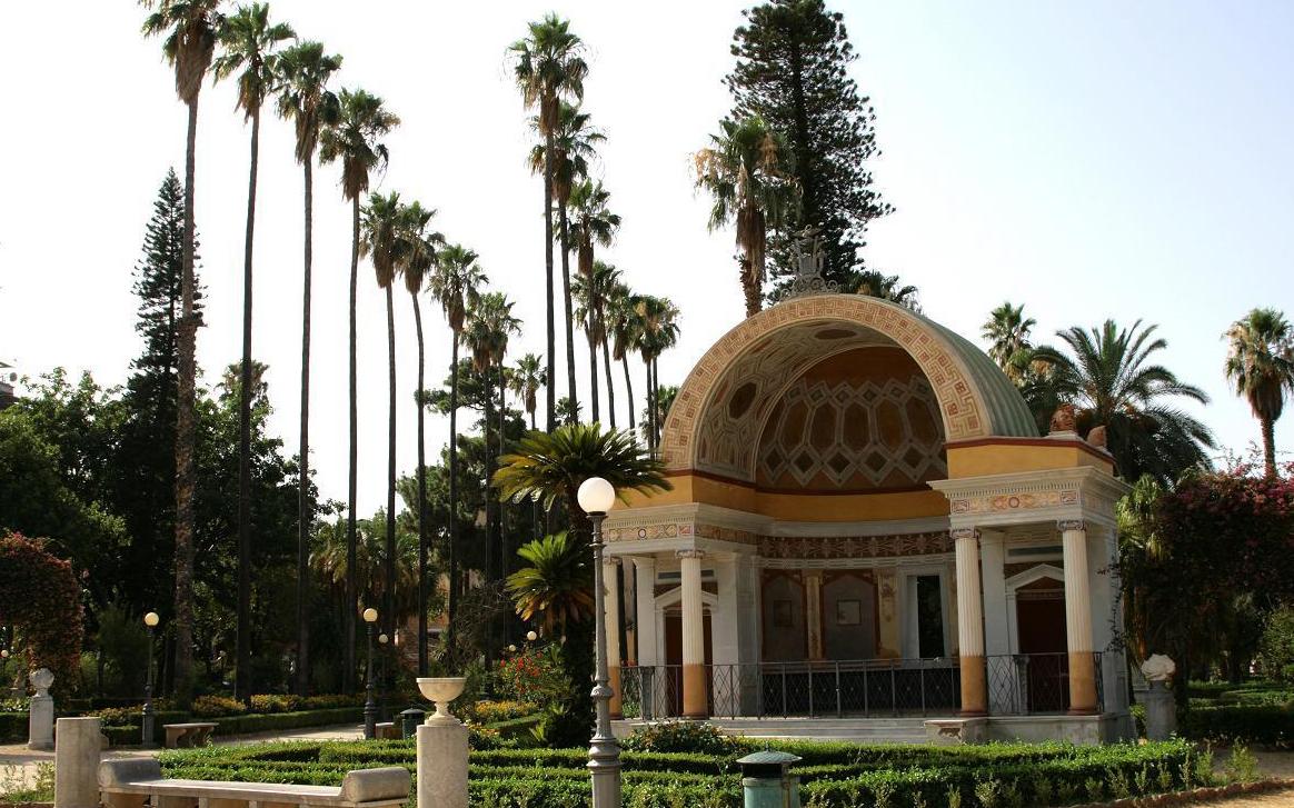 Palermo aperto dopo 225 anni il cancello tra villa giulia - Il giardino di ballaro palermo ...