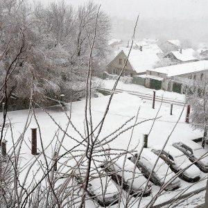 Gli effetti delle intense nevicate avvenute sulla regione del Volga
