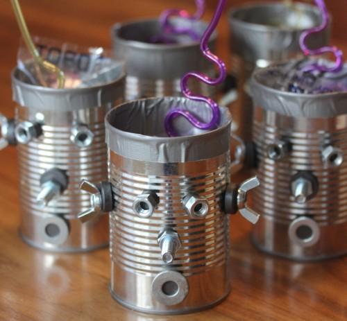 Riciclo creativo ecco come riutilizzare i barattoli di - Come decorare un barattolo ...