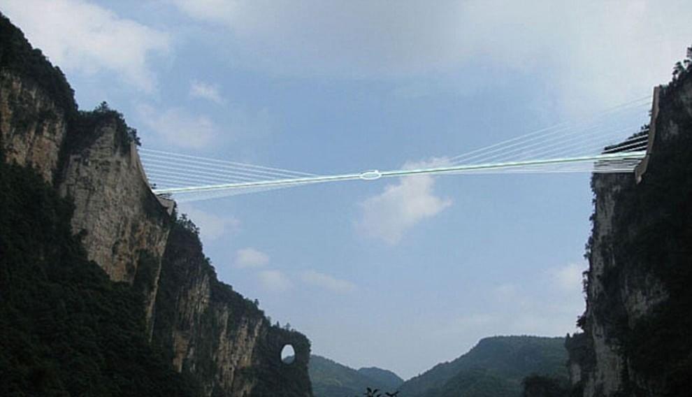 Cina ecco il ponte di vetro trasparente pi lungo del for Disegni di ponte a 2 livelli