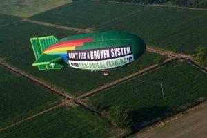 dirigibile greenpeace (1)