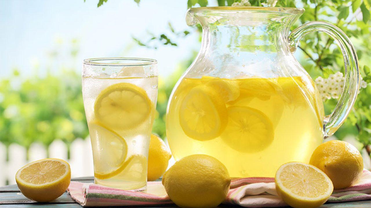 bere acqua e limone durante il giorno fa dimagrire