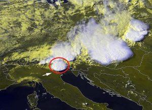 """La """"supercella"""" responsabile del disastroso tornado che ha devastato il veneziano"""