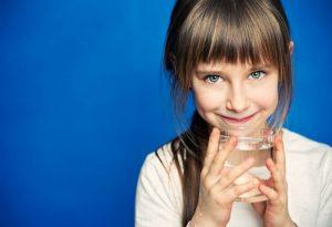 il-segreto-per-fare-bere-acqua-per-i-bambini