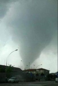 tornado-mira