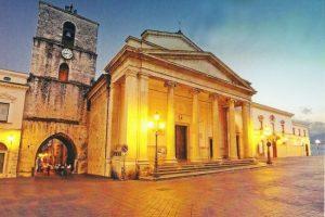 Cattedrale-Piazza-Andrea-dIsernia-001-e1422810010634