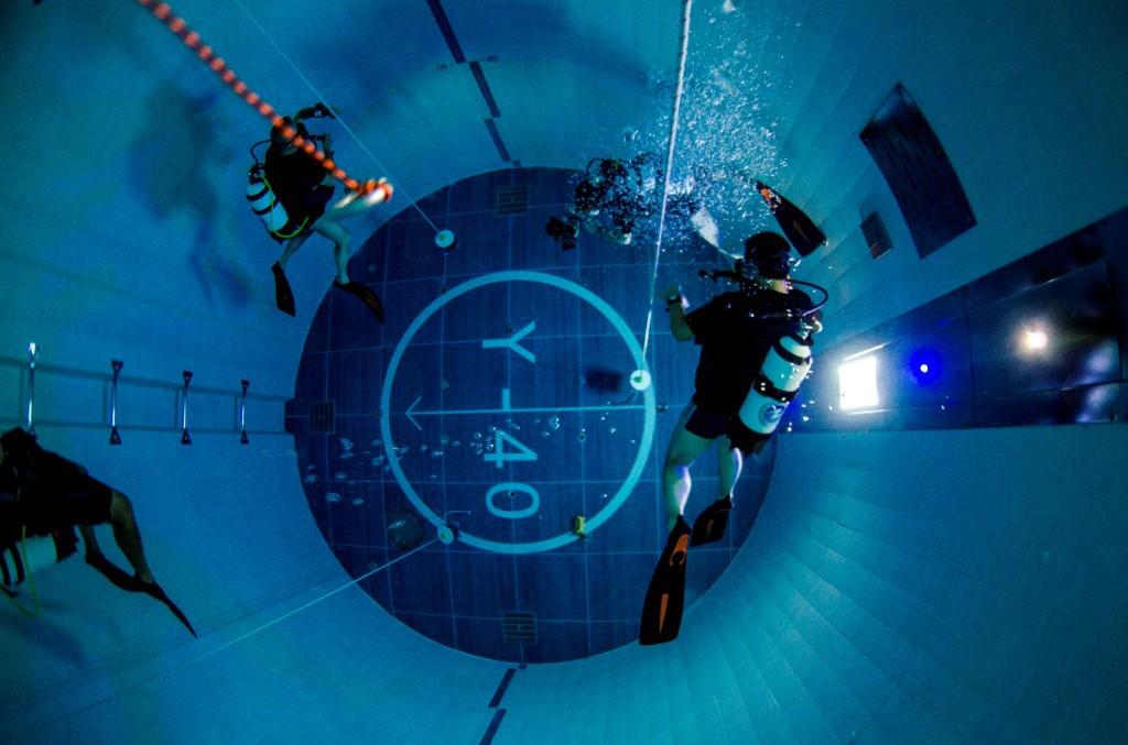 Y 40 la piscina pi profonda del mondo in veneto foto for Piscina y 40 montegrotto terme