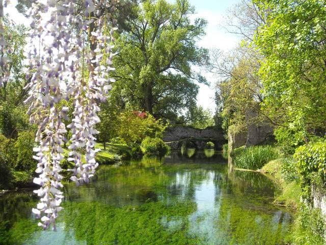 Alla scoperta del giardino di ninfa il parco pi bello d for I giardino di ninfa