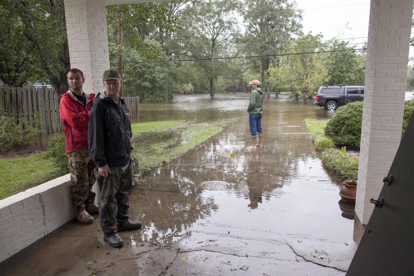 Uragano joaquin 12 morti nelle alluvioni in carolina del for Cabina nelle montagne della carolina del nord