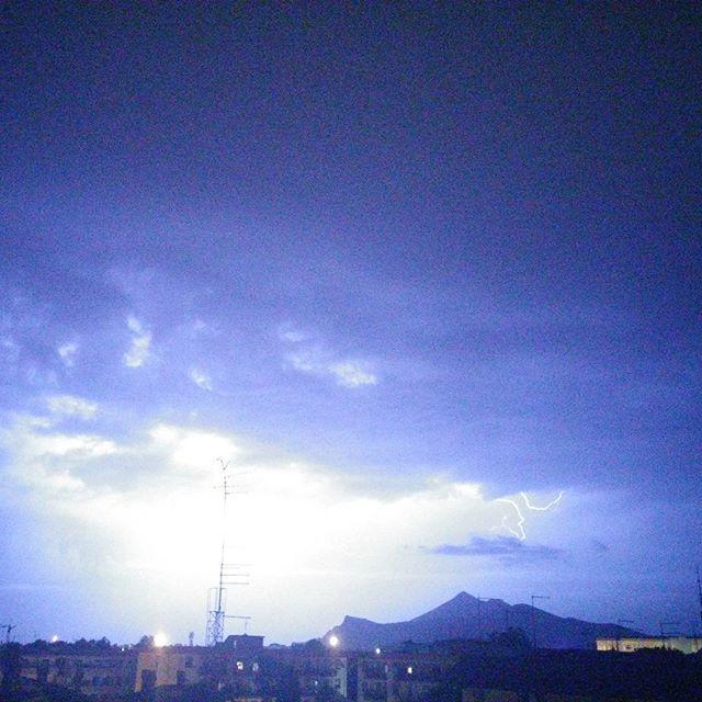 Maltempo Campania: nubifragio su Caserta, migliaia di euro di danni - Meteo Web