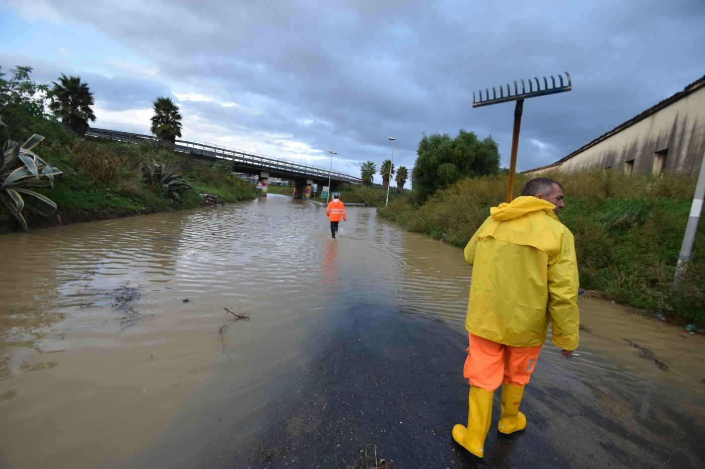 Maltempo nubifragi in provincia di roma bombe d 39 acqua for Scantinati in california