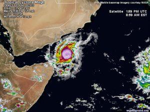 """Il passaggio del ciclone tropicale """"Megh"""" sull'isola di Socotra"""