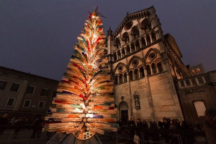 L'albero di vetro di Ferrara © Mirko Ghirelli (Delphi International Srl)