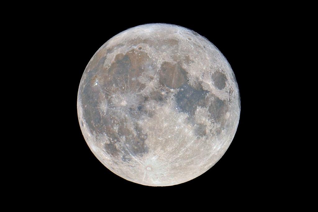 Scoperti sulla Luna 222 nuovi crateri: ogni anno se ne formano 180 in più