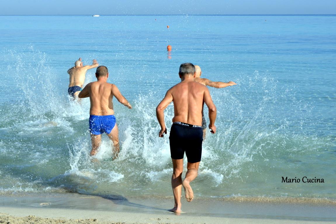 Caldo e mare cristallino il 6 dicembre in sicilia si fa - Si fa in bagno 94 ...