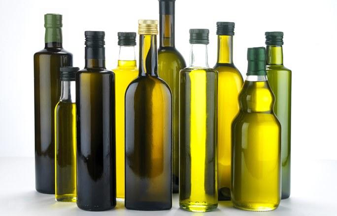 Olio di soia spacciato per extravergine pugliese: nuova maxi-truffa sventata in Toscana