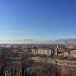 Torino, clima mite: sole e caldo anche oggi, sembra primavera [FOTO]