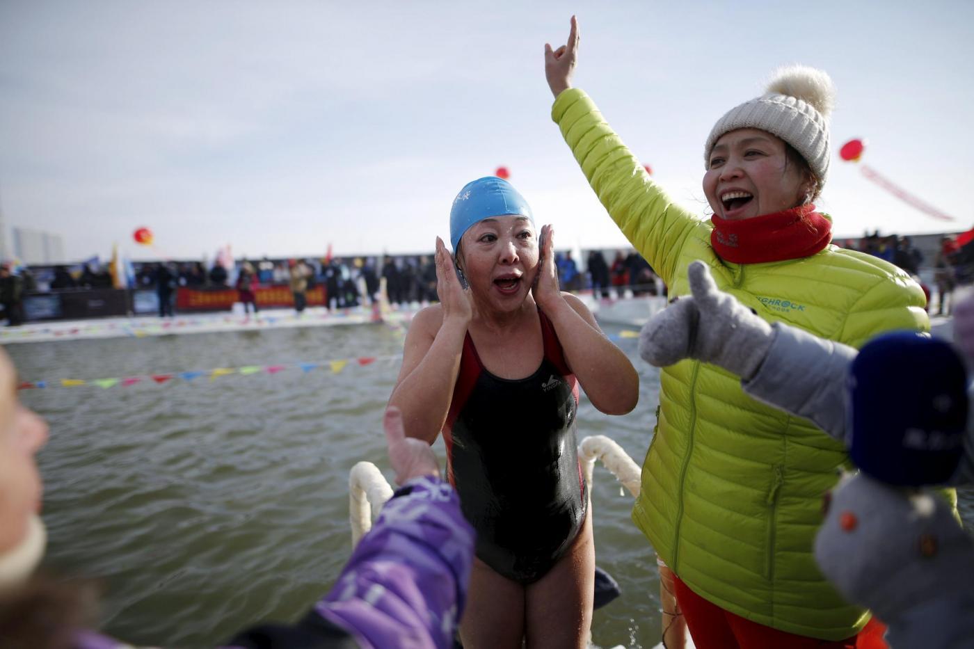 Cina Gara Di Nuoto All 39 Aperto Ad Harbin Temperature Da Brividi Foto