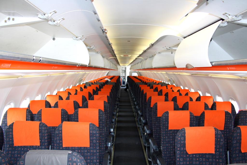 Easyjet test di aerei ibridi entro un anno for Interieur avion easyjet