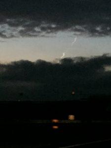 La scia dell'oggetto celeste fotografato a Pistoia