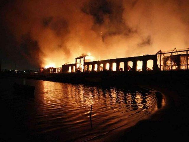 Incendio città della scienza di Napoli, condannato a 6 anni il custode