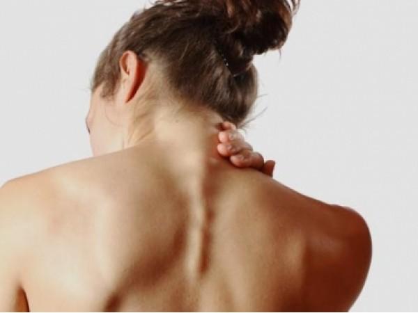 Il massaggio unico di piede uccide mal di schiena