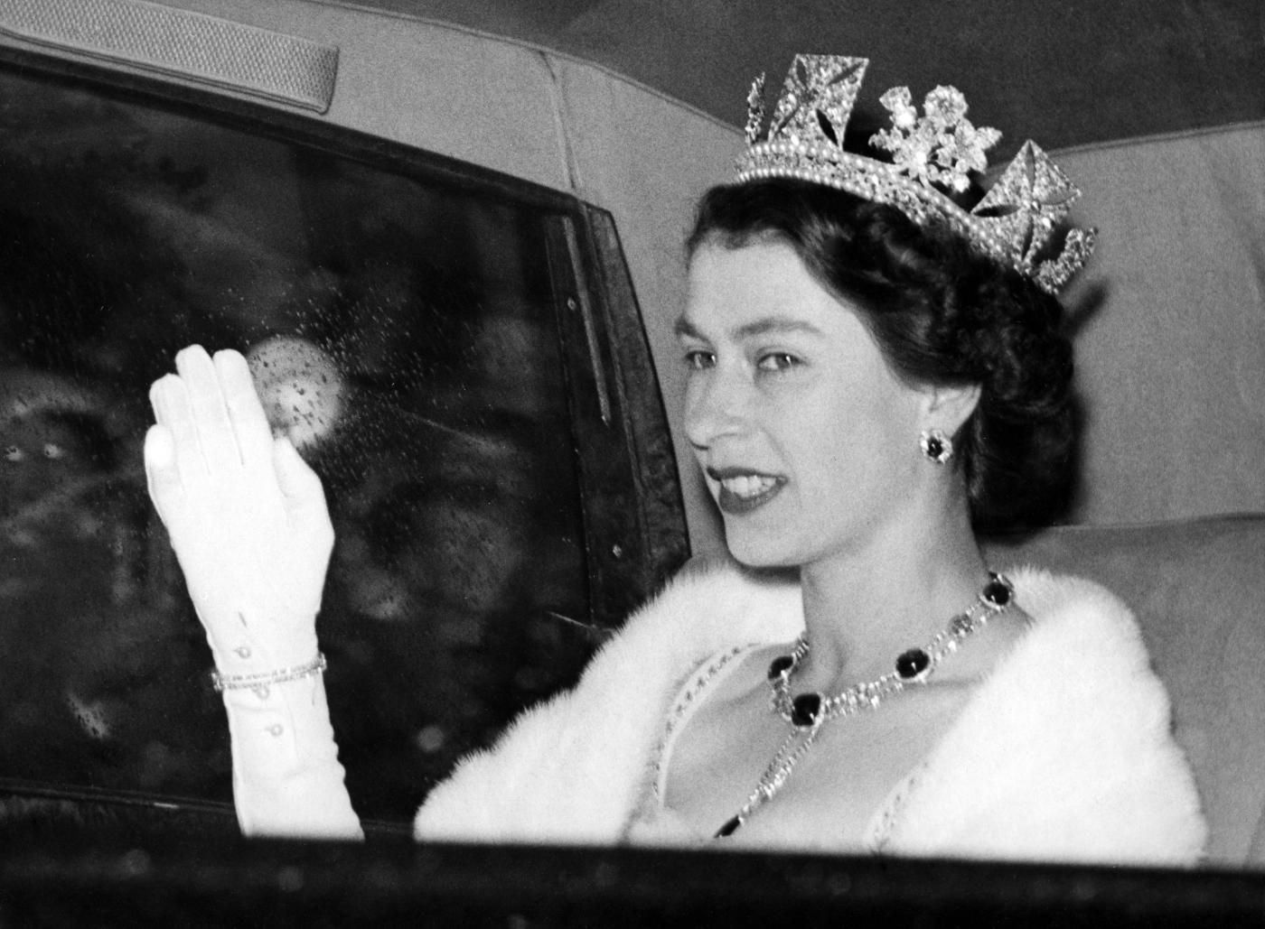 I 90 anni della regina elisabetta ii tutti i suoi poteri for La regina elisabetta 2