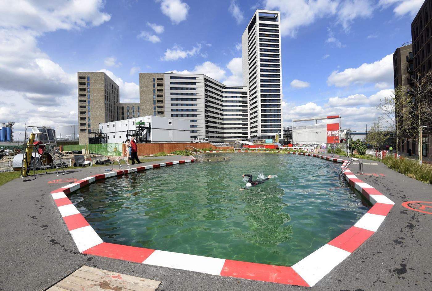 Londra a king 39 s cross una piscina naturale filtrata dalle - Piscina naturale ...