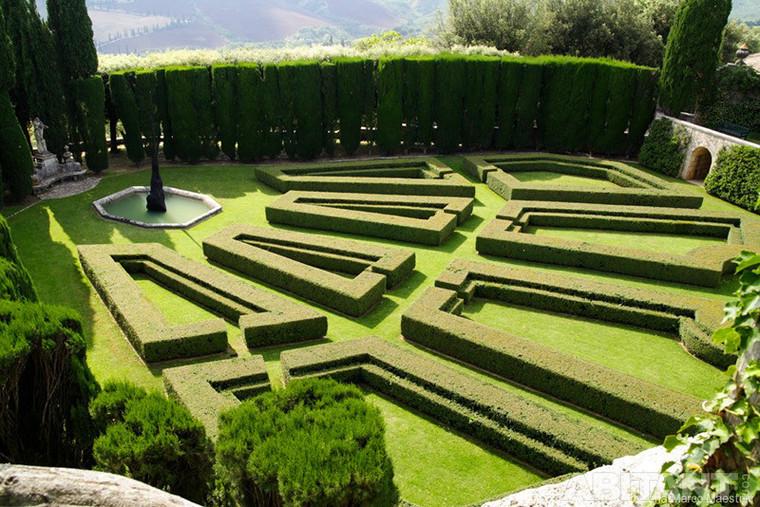 Spring break le case con i giardini pi belli d 39 italia - Terrazzamenti giardino ...