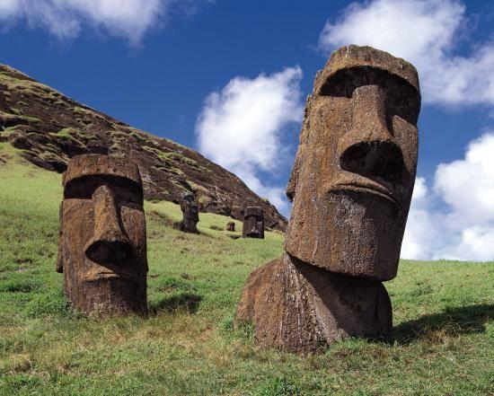 http://www.meteoweb.eu/wp-content/uploads/2016/04/moai-isola-di-pasqua.jpg