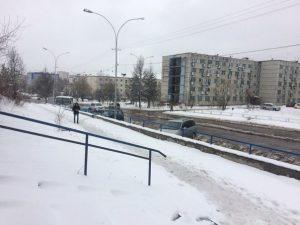 La neve caduta recentemente in alcune città della Siberia centrale
